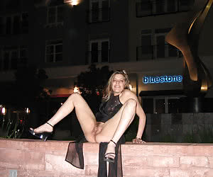 Girls-nex-door exposing their pussy in the night outdoors
