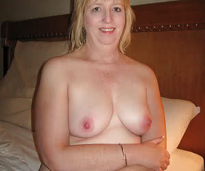 Mature housewives exposed their pussy holes