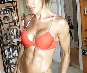 Pictures of female muscular girls.