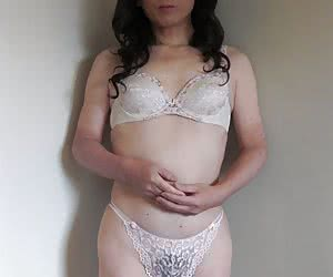 Category: japanese crossdressers